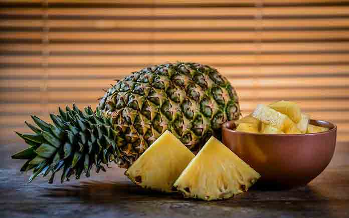 How to plant pineapple in pot